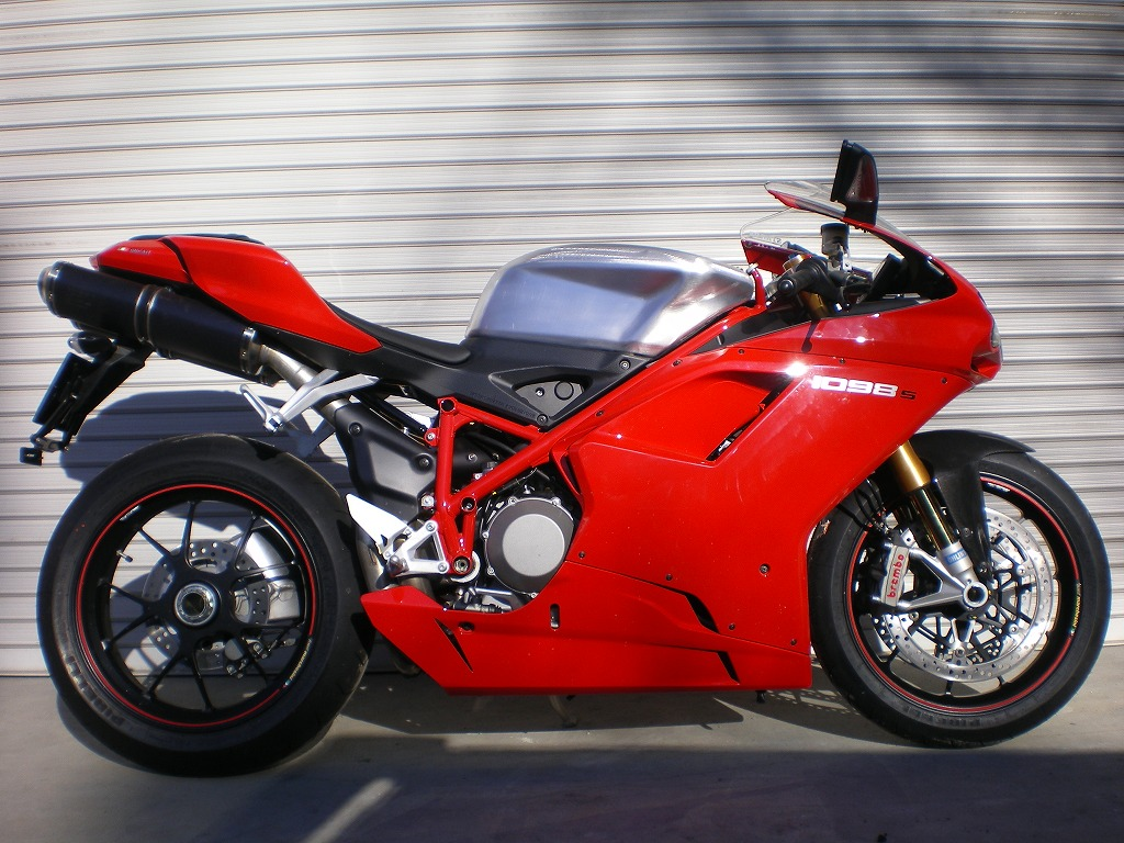 Ducati on Bmw S1000rr Weight